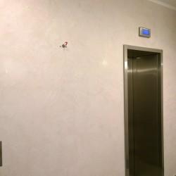 Декоративная штукатурка в холле